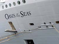Oasis of the Seas Mooring Lines