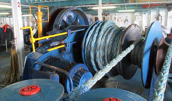 Commercial Vessel Winches